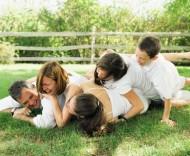 Rodziną zastępczą może zostać również osoba samotna.